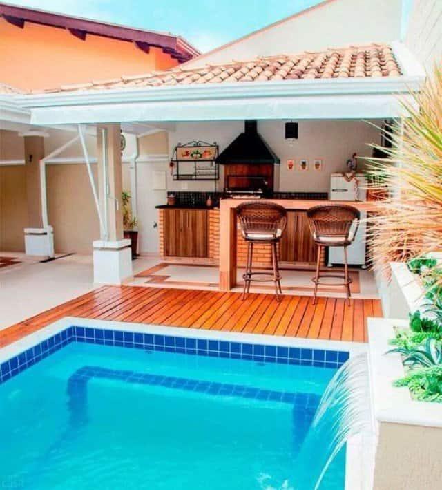 areas-de-lazer-pequena-com-churrasqueira-e-piscina