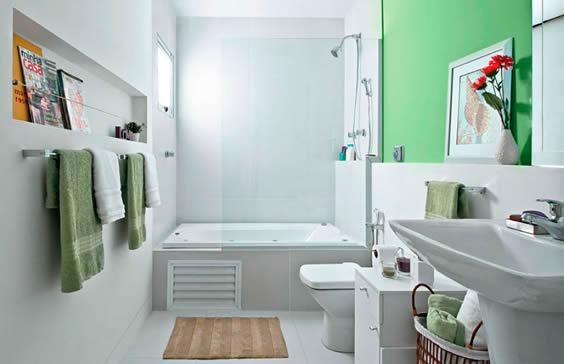 banheira em espaço reservado