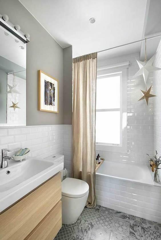 banho de banheira com ducha