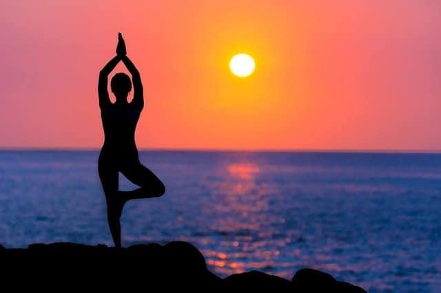 cenario perfeito para yoga